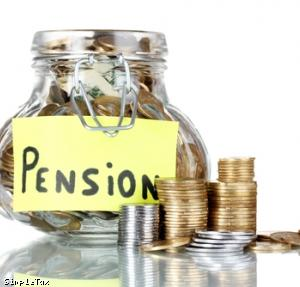 Auto-enrol self-employed in pension, experts say