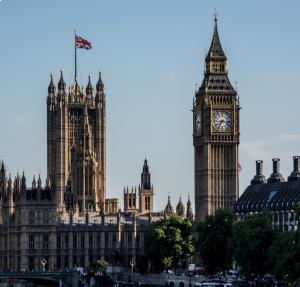 Freelancer confidence in UK government at record low