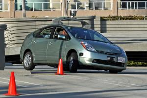 Driverless cars could save hundreds of lives each year, IET says