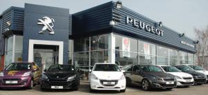 Peugeot dealership in Nottingham given award for customer service