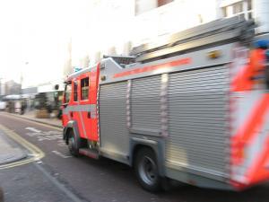 Fire crews tackle blaze at Gainsborough car garage