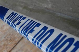 Police hunt criminal quartet after garage robbery