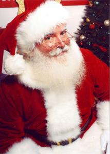 Stockton car dealership plays Santa for local hospice