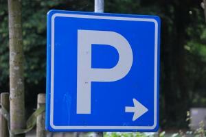 New parking bays blocking business at Oxford car garage