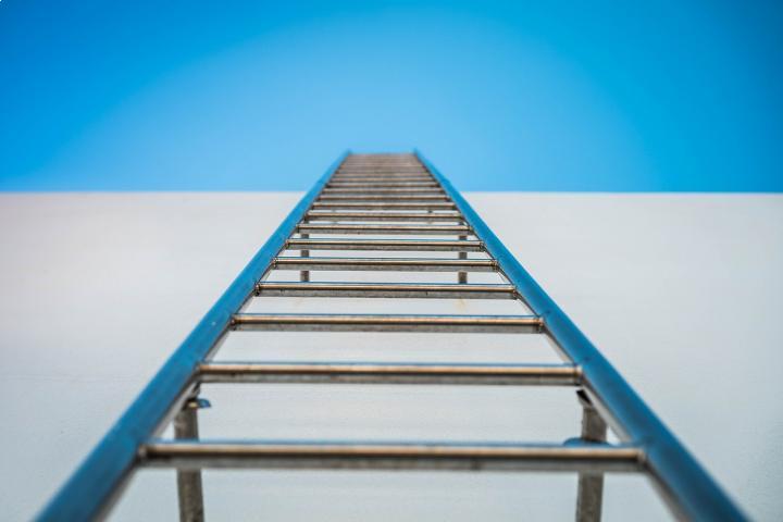 Bracknell roofer fined for endangering public