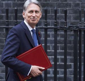 Hammond considers radical VAT changes